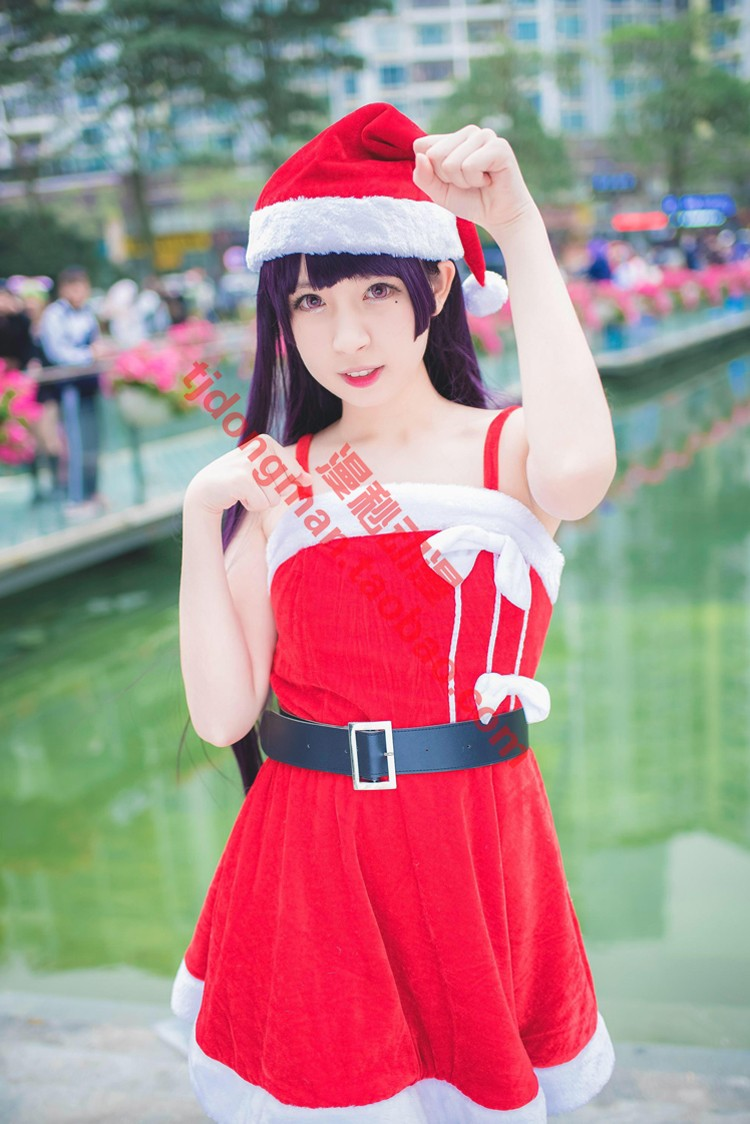 How can my sister have such a lovely five watch glass Christmas Dress Cosplay customized clothing wig customized