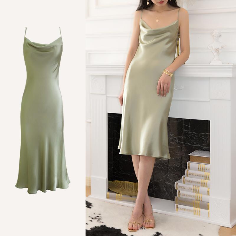 2021重磅荡领真丝吊带裙桑蚕丝连衣裙女绿色丝绸法式缎面裙夏外穿