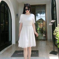 大码女装胖mm连衣裙夏季韩版气质200斤洋气镂空重工蕾丝白色宽松