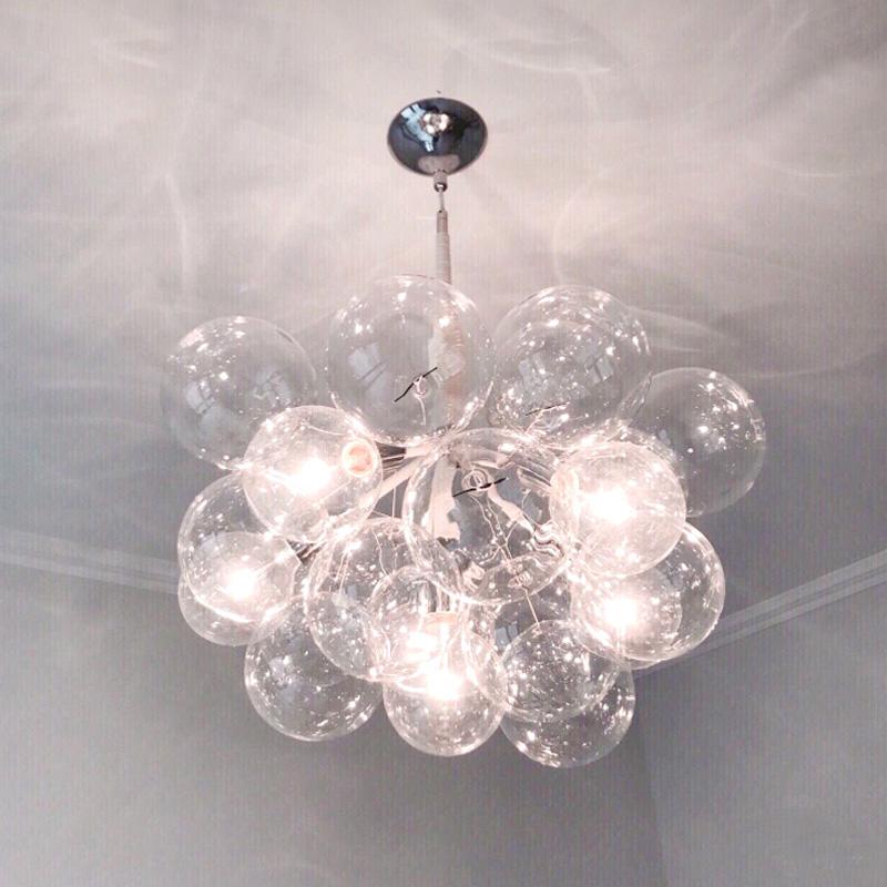 北欧灯具现代简约客厅ins餐厅吊灯卧室儿童房创意个性玻璃泡泡灯