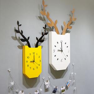 领15元券购买北欧创意鹿角挂钟 客厅静音时钟个性时尚挂表现代简约大气家用钟