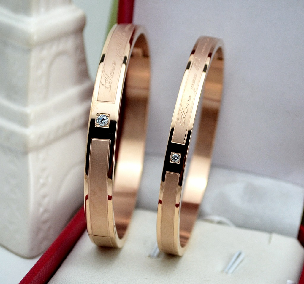 Korean style new personalized handkerchief with diamond Colored Gold Bracelet 18K Rose Gold Titanium Steel lovers Bracelet