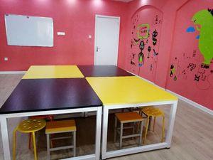 学校课桌椅套装彩色双人中小学生学习培训桌辅导班补习班美术课桌
