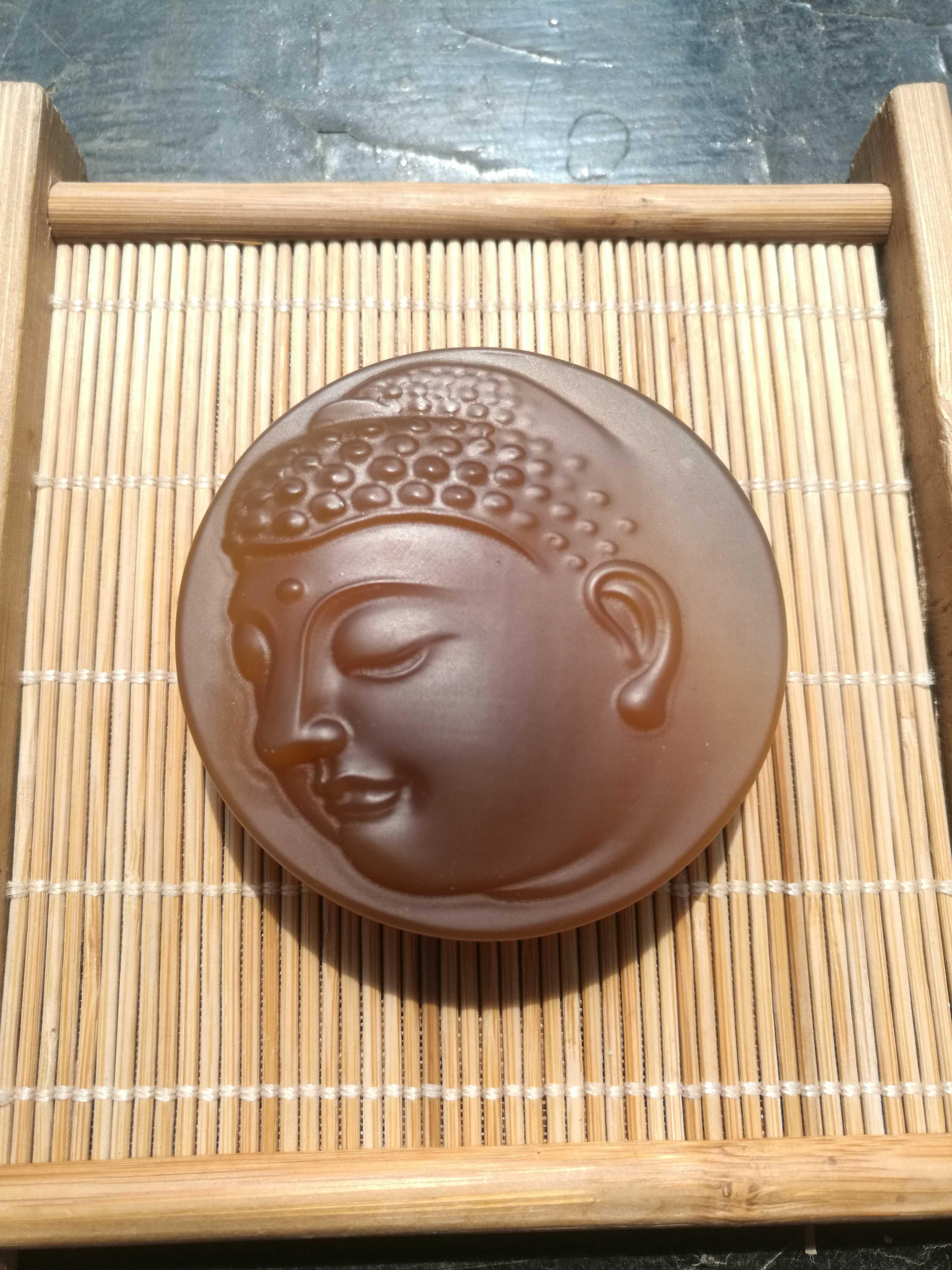 Агат будда