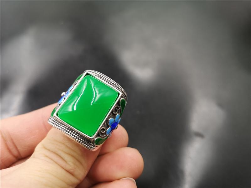 四海玉器 男款阳绿色马来玉戒指 活扣可伸缩翠绿色男式玉指环 Изображение 1