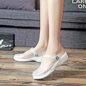 2021夏季新款洞洞鞋女平底果冻鞋沙滩拖鞋大码白色护士凉鞋女防滑