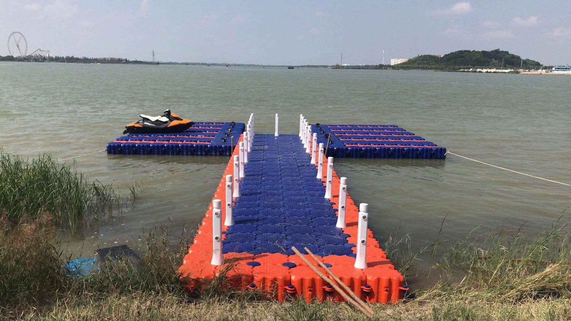 Floating platform floating platform yacht wharf fishing platform plastic platform