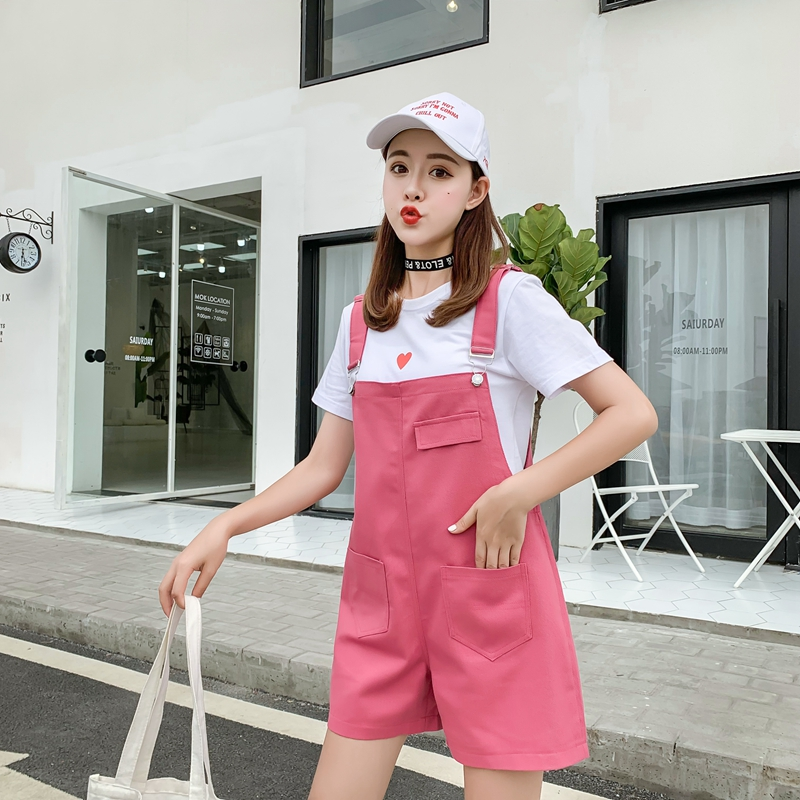 Fashionable new candy color suspender loose large denim shorts