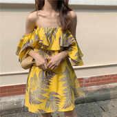 裙子肩连衣裙印花2020新款女装春装学生韩版荷叶边一字中长款性感