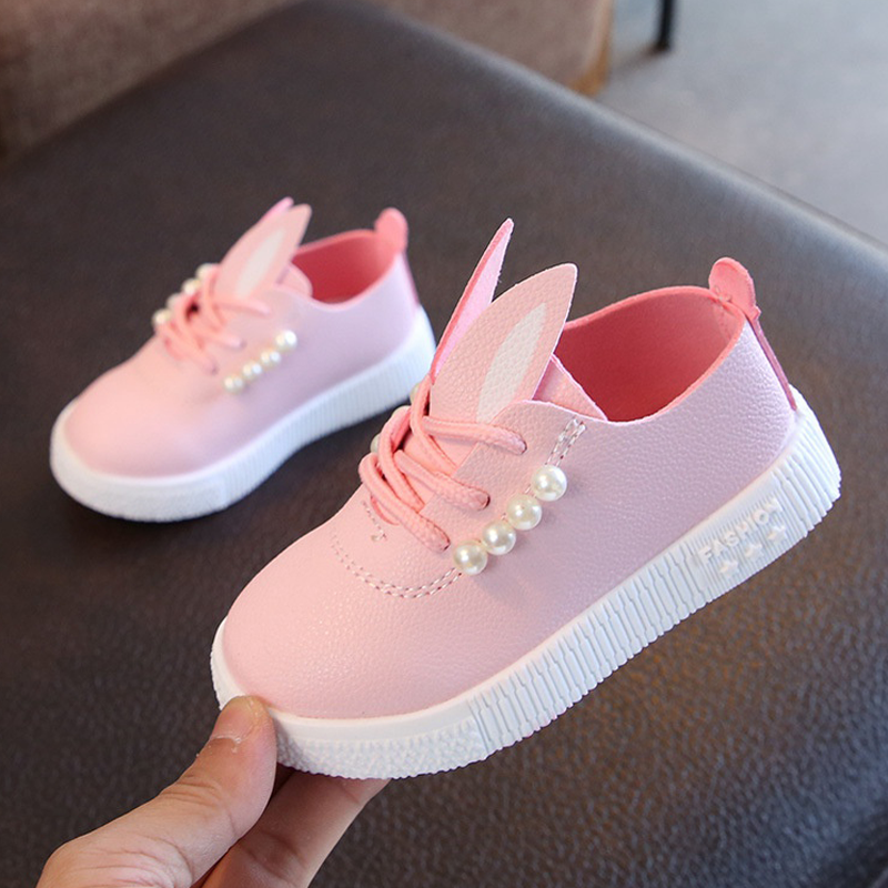 Girls shoes soft sole small white shoes childrens breathable baby sports board shoes Princess single shoes spring and autumn versatile 1-5 years old