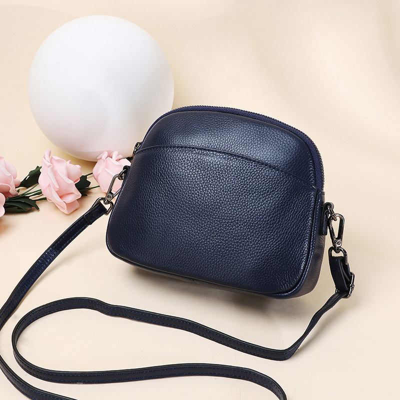 Leather womens bag 2019 new soft leather top layer leather versatile fashion One Shoulder Messenger Bag Mini small bag shell bag