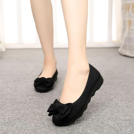 老北京布鞋女新款时尚厚底平底豆豆单鞋上班软底黑色工作鞋不累脚