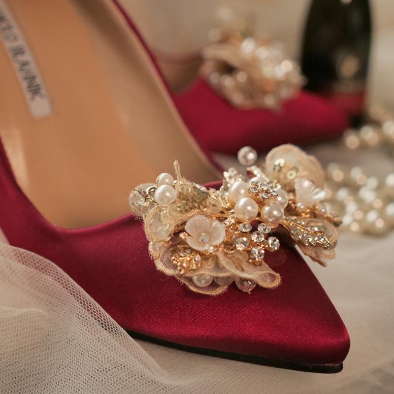 婚鞋女新款珍珠尖头高跟鞋中式秀禾粗跟酒红色结婚新娘鞋平底定制