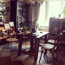 北欧实木餐桌椅组合吃饭桌子家用小户型现代简约长方形复古原木桌