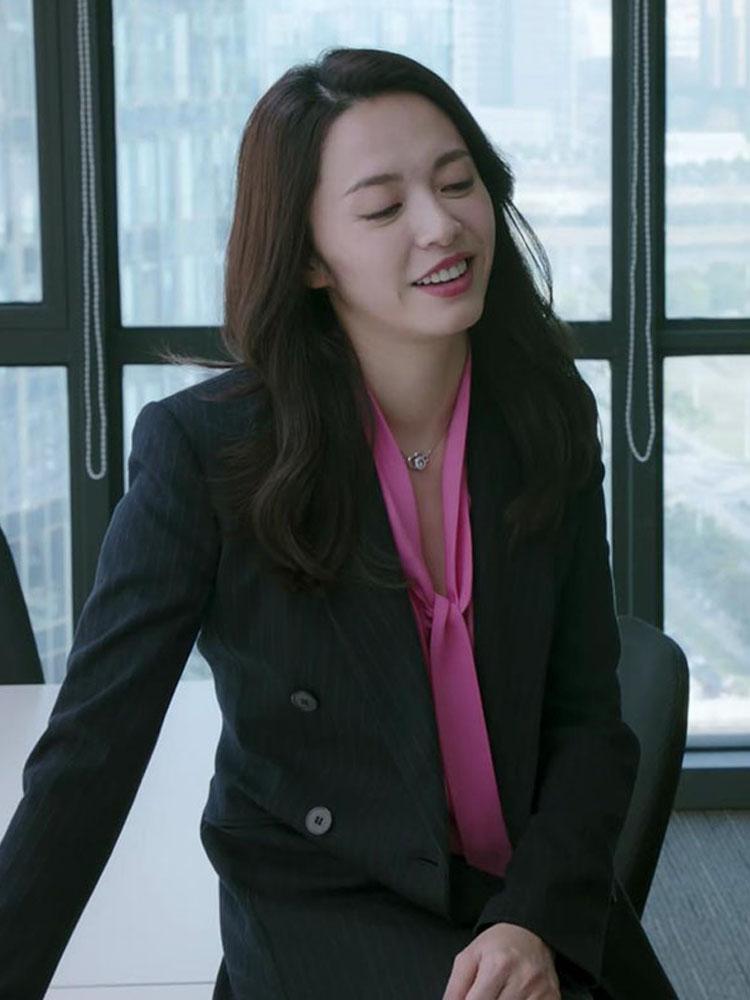 《都挺好》姚晨苏明玉明星同款玫红色蝴蝶结衬衫