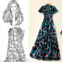 2021新款v领修身短袖轻奢名媛裙子设计感小众长款连衣裙夏沙滩裙