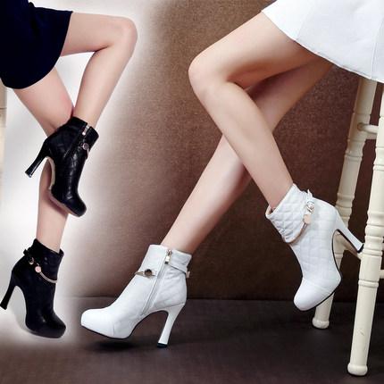 白色短靴春季新款马丁靴女2019年春款单靴女鞋半靴粗跟高跟鞋子潮