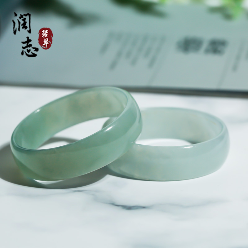 Natural emerald bracelet, ice waxy, floating green flower, 51 circles, authentic Laokeng Myanmar jade bracelet b6982