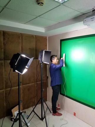 厂家演播室蓝箱灯光装修搭建超清4K演播室建设专家真三维演播室搭建