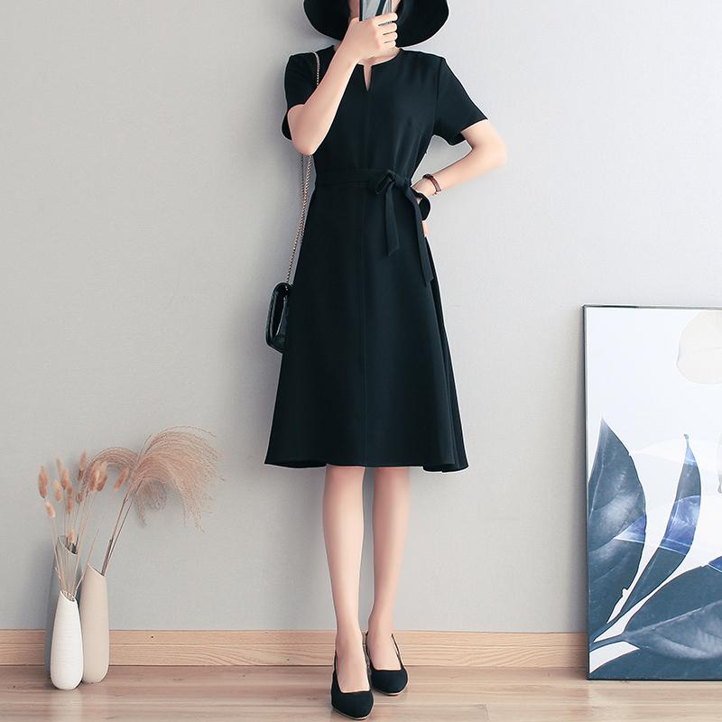 (用310元券)2019夏装新款通勤简约气质黑色连衣裙短袖系带收腰小黑裙中长裙女