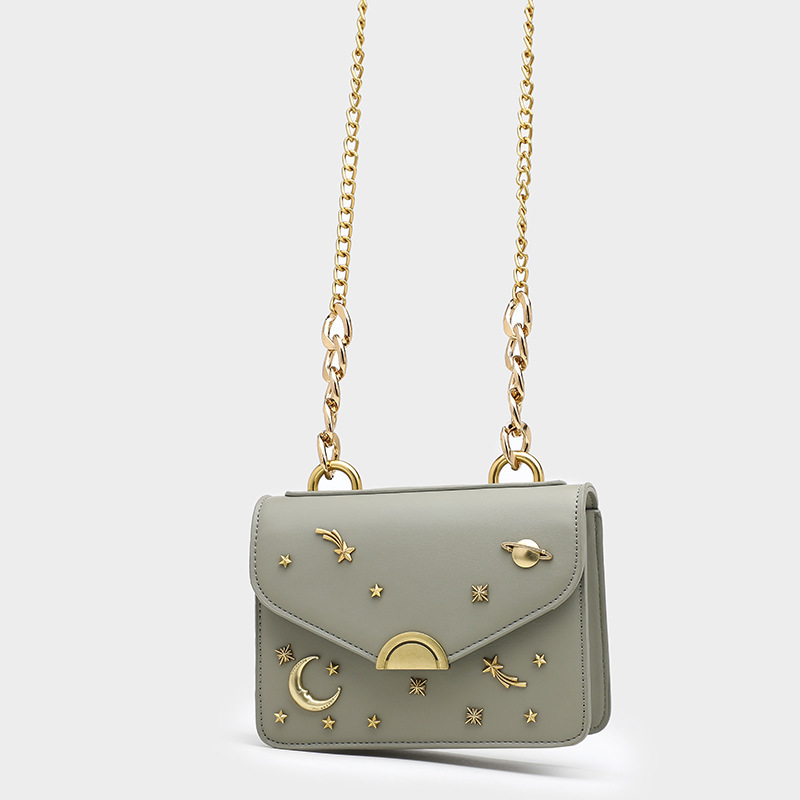 Bag 2020 spring and summer new fashion rivet womens bag popular chain womens single shoulder bag versatile small square bag