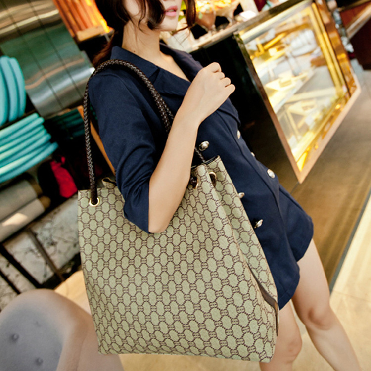 [special price every day] 2021 spring and autumn new PVC womens bag