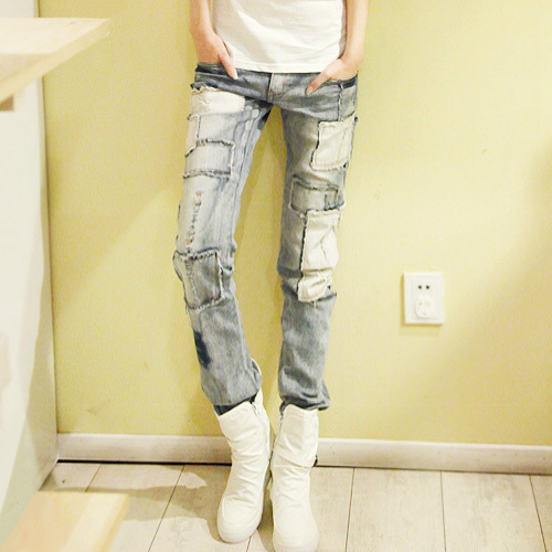 The last batch of Korean washed and ground white pasted casual Mini straight jeans