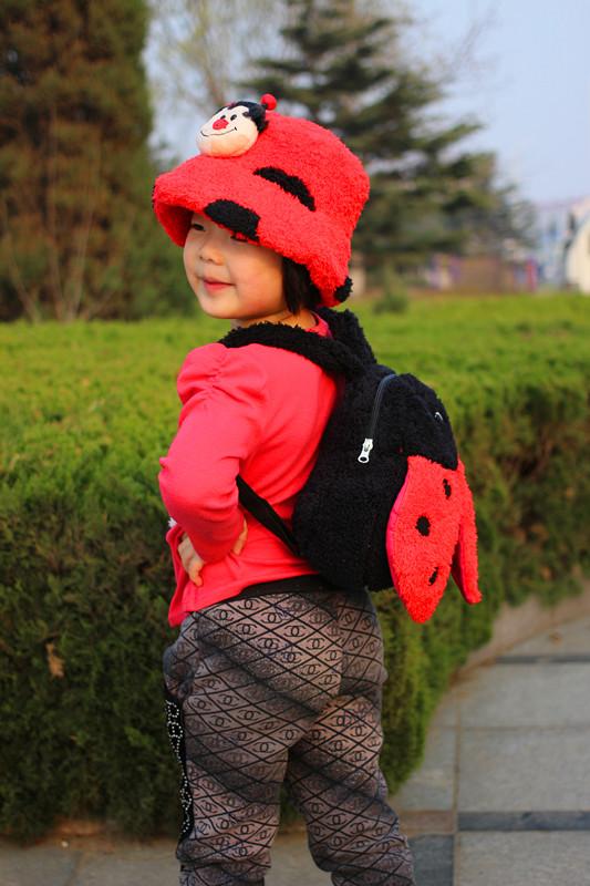 Metoo Корейский милый красный Божья коровка рюкзак детский сад детей шляпы и тапочки набор подарки на день рождения