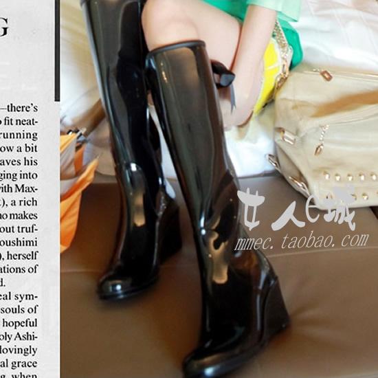 Экспорт Японии Корея внешней торговли оригинальной женской моды высокой импорта из ПВХ с высокой дождь ботинок дождя сапоги довольно черный