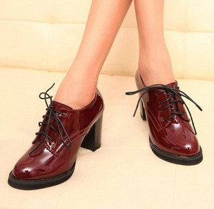 2014 spring new retro England College fashion patent leather high heels shoes thick heel lace shoes boots