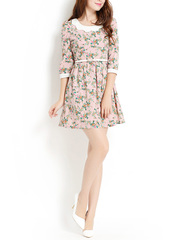 Vivian love ~ sweet white doll Shoppe brand led off two nude pieces in an umbrella sleeve dress