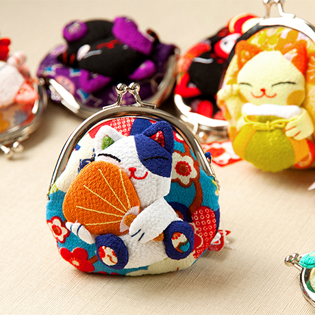 Japanese Zhaocai cat pocket change Purse Mini crepe frog mouth buckle coin womens birthday activities small gift red envelope bag