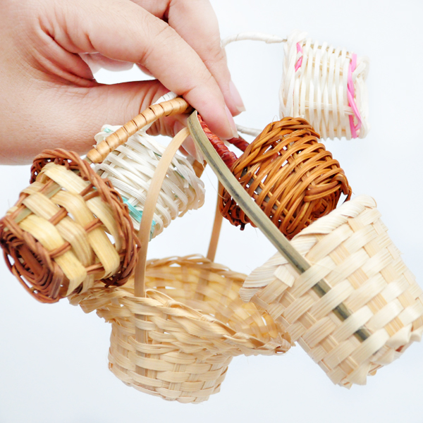 Baby with BJD accessories Mini Hand Woven small bamboo basket rattan basket Sen womens groceries wind cloth shooting props flower basket