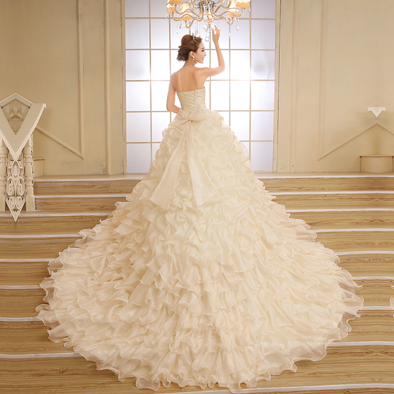 Свадебное платье длинный хвост новый 2015 премьера моды шипованных stomacher тонкий тонкий Корейский невесты свадебное платье