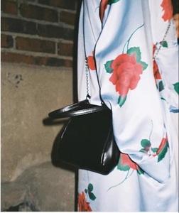 休闲女包韩版复古夹子包2020新款包潮流手提包单肩女包斜挎小包包