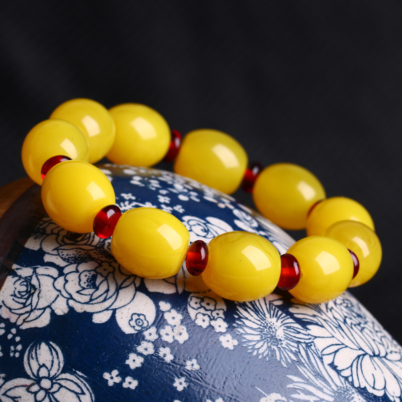 Natural Baltic old honey wax Bracelet amber mens and womens hand string chicken oil yellow blood separated honey wax bracelet Jewelry