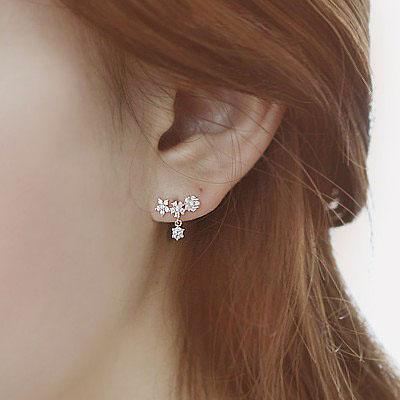 韩国进口925纯银花朵甜美梅花耳钉