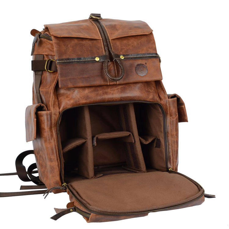 Leather leather 15 inch double shoulder computer bag leather large capacity SLR camera bag retro outdoor travel backpack