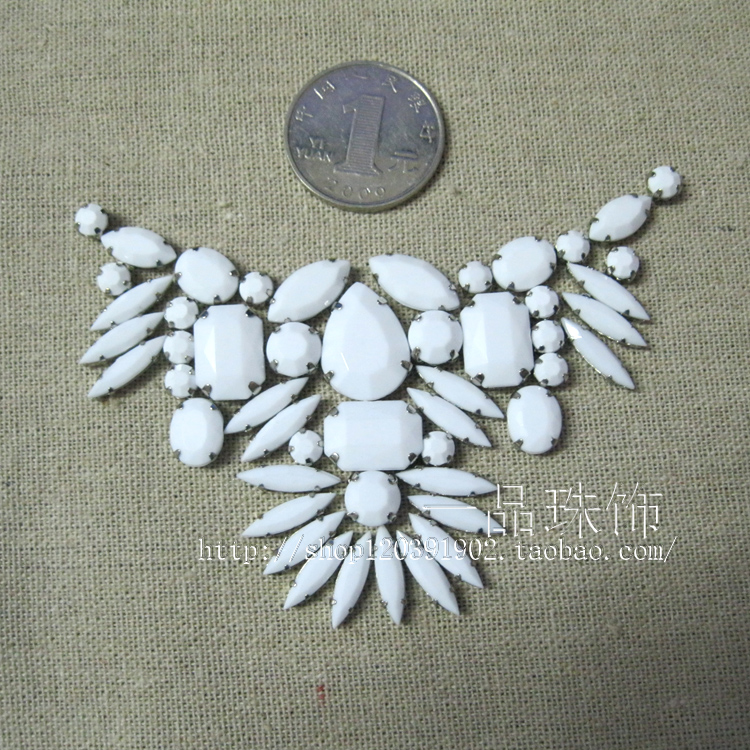 Sweater Necklace dress dress neckline flower hand sewing drill combination bead set DIY hand claw drill loose bead