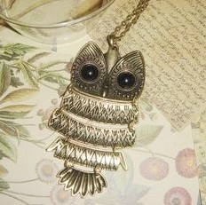 Wind swing owl retro texture swing Owl Necklace sweater chain necklace Japan, Korea, Europe and the United States jewelry
