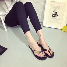 Women's fashion slippers flat with han edition sequins that occupy the home in the summer of 2015 the new indoor bathroom flip-flops flat sandals