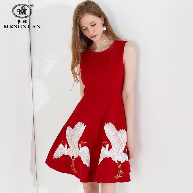 春夏季显瘦时尚连衣裙女士无袖高腰背心中长裙子仙鹤刺绣花裙修身