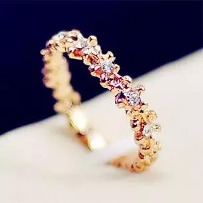 韩国饰品新款镂空水晶环绕小花朵尾戒日韩潮人女食指关节戒指指环