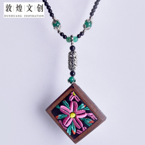 Dunhuang Literary Creation products Rob Flower sweater chain Dunhuang tourist souvenirs
