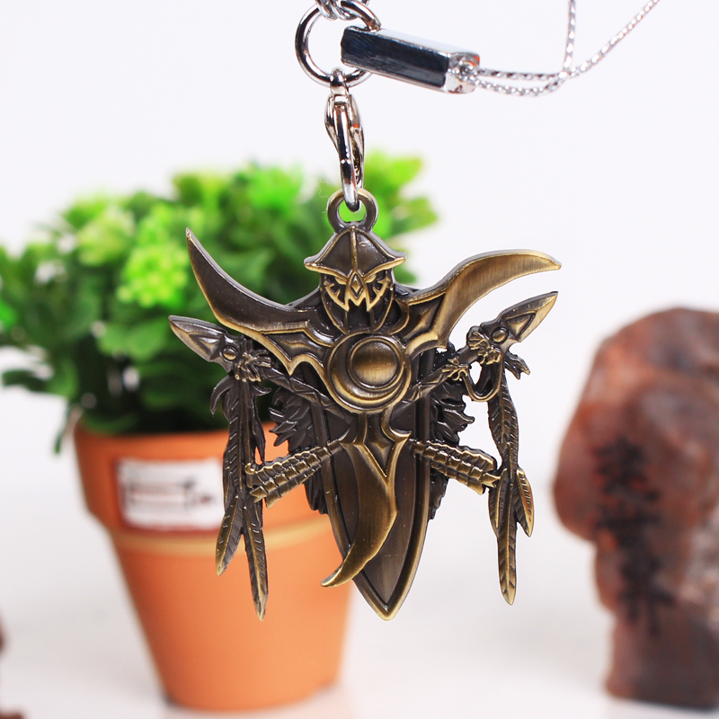 World of Warcraft night elf logo mobile phone chain Key Chain Necklace Jewelry Pendant WOW game peripheral products