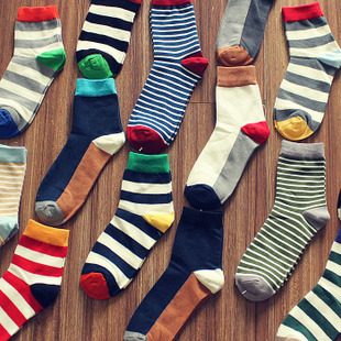 Full eight pairs of socks in spring and autumn Korean fashion striped socks men s socks cotton socks in tube personality tide stockings