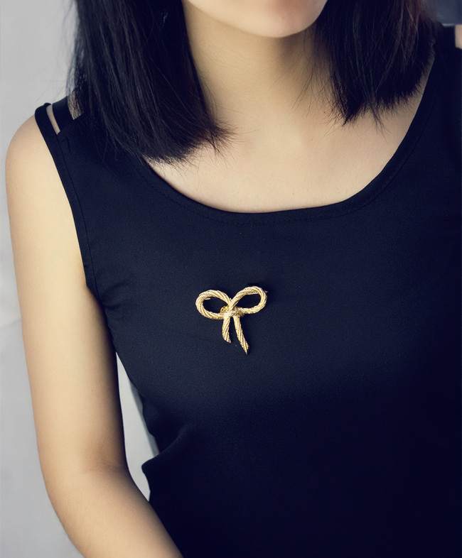 European and American style retro fashion simple temperament versatile gold bow brooch brooch scarf button female