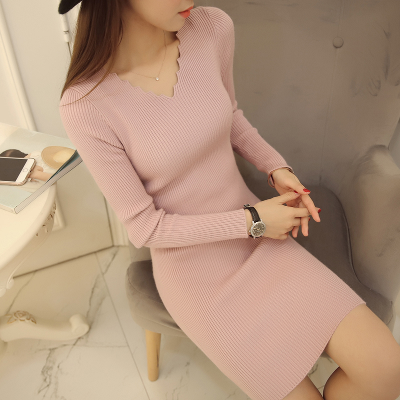 Autumn and winter new Korean womens T-shirt womens Pullover V-neck medium length slim bottoming sweater dress