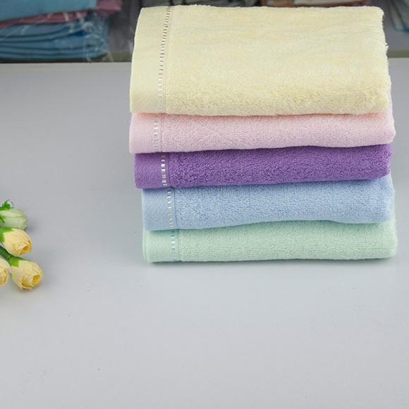 Chinese knot bamboo fiber towel, plain color, satin edge, healthy, bacteriostatic and deodorant facial towel, first-class authentic product 8317