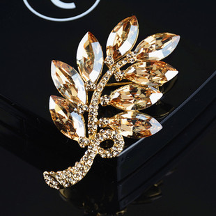 South Korea imported genuine Austrian crystal jewelry leaf luxury brooch brooch female Korean high end gift wholesale